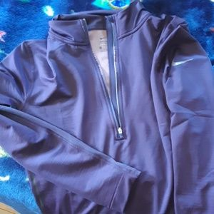 Womens nike pro pullover